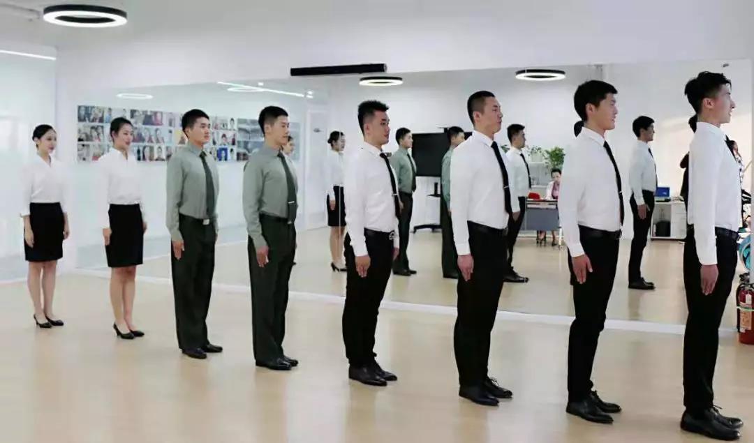 参加面试前,凤天乘云空乘培训班老师有话说