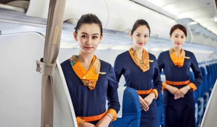 空乘招聘:国内航司空乘工资怎么样?